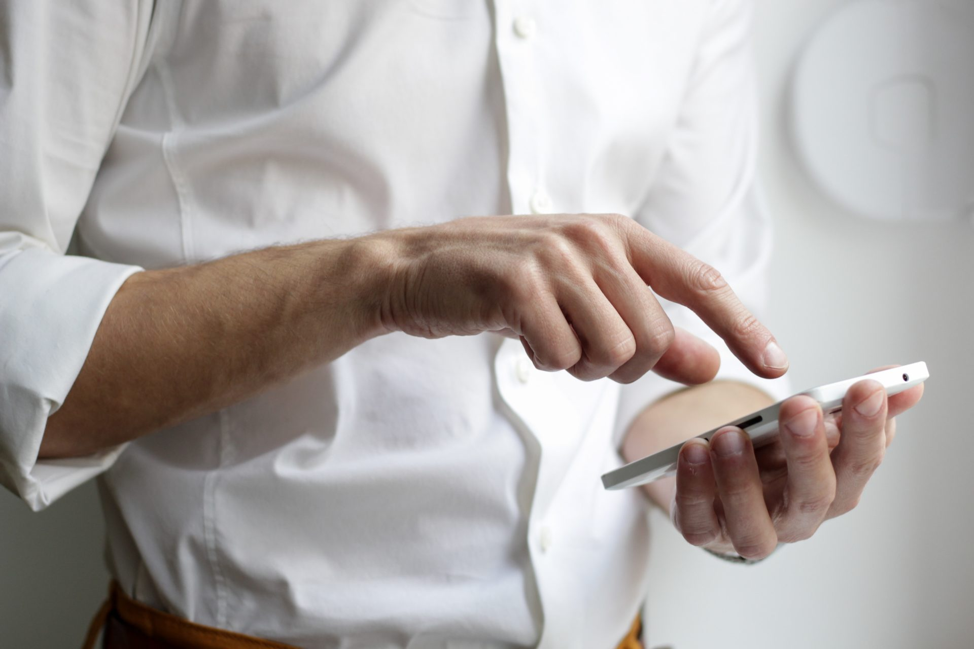 Calling business on smartphone